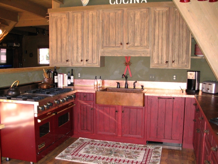 Hammered Copper Countertop And Backsplash Brass Bar Trim
